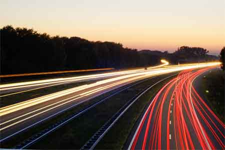 How to build website traffic / photo via www.sxc.hu/profile/Henkster